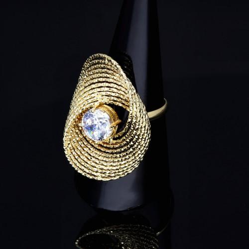 Designer - Ring für Damen aus 585er 14 Karat Gelbgold mit einem großen, eingefassten Zirkonia - Stein in Größe 58 - 59