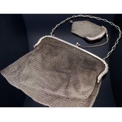 stilvolle, antike Damen - Handtasche / Abendtasche mit separaten Geldbörse aus Silber. hergestellt ca. 1900