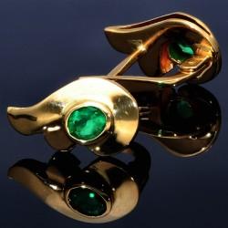 Designer-Smaradgohrringe in Flügelform in handarbeit hergestellt mit 2 ovalen leuchtenden grasgrünen Smaragden