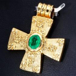 Kreuz - Anhänger mit tannengrünen Smaragd von ca. 0,38 ct. in 750er (18K) Gold