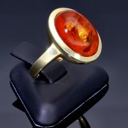 Damenring in 385er 9 Karat Gelbgold mit schönem großen Bernstein - Stein in Größe 56