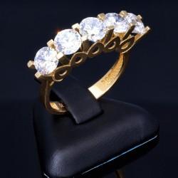 Ring in 585 / 14K Gold für Damen mit 5 funkelnden Zirkonia - Steinen bestückt  (ca. 56 RG)